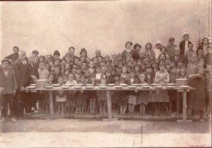 Детска трапезария в Хасково, 30-те години на ХХ в.
